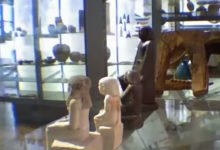 "Photo of ""Cursed"" Egyptian Statue Spins On Its Own In Manchester Museum"