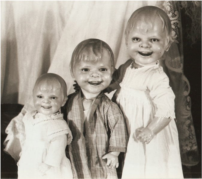 Creepy Dolls: Pictures of Happy Nightmares