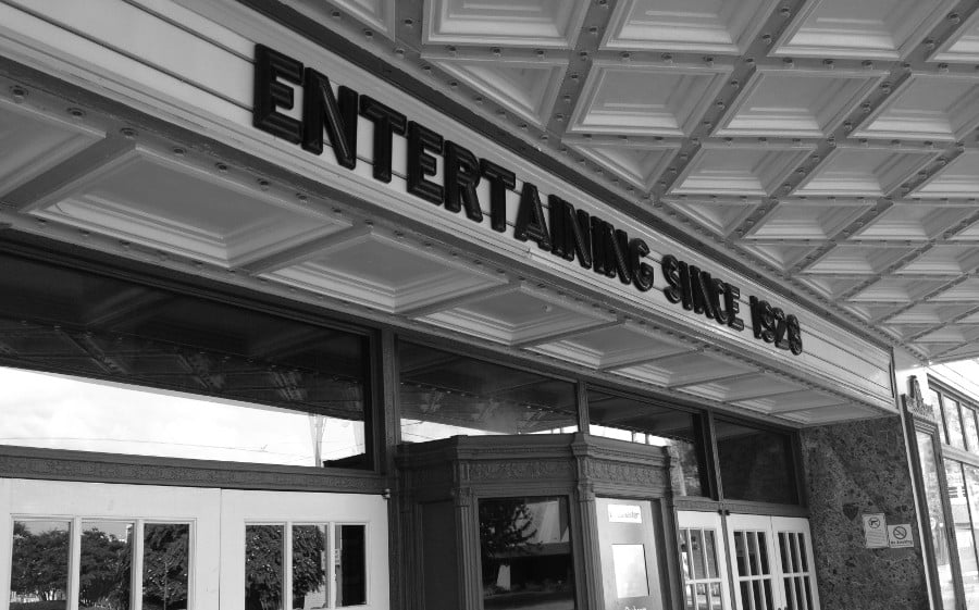 The main entrance of the Orpheum Theatre