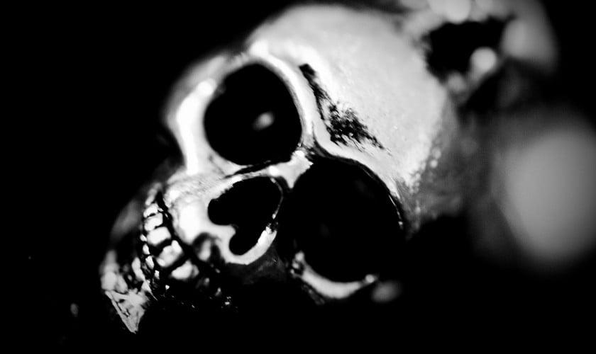 A screaming skull