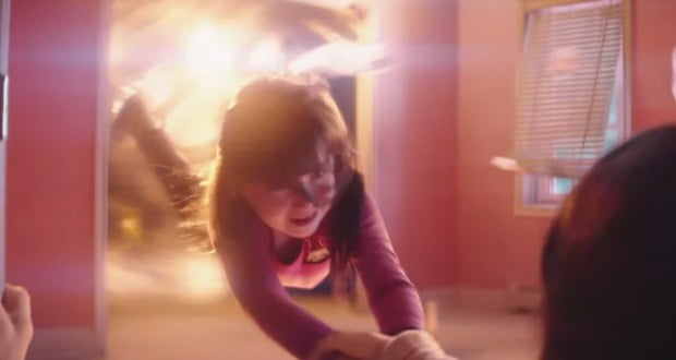 Image: screencap of Poltergeist (2015) trailer