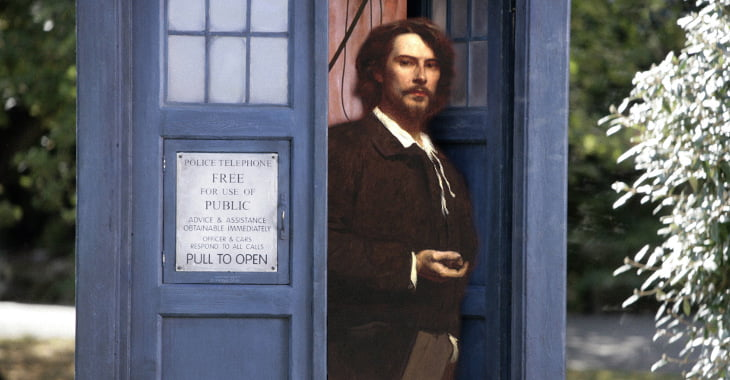 Keanu Reeves hangs in the Tardis
