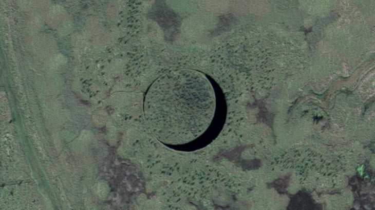 Google Maps Anomalies: El Ojo, the Island of Alien Origin?