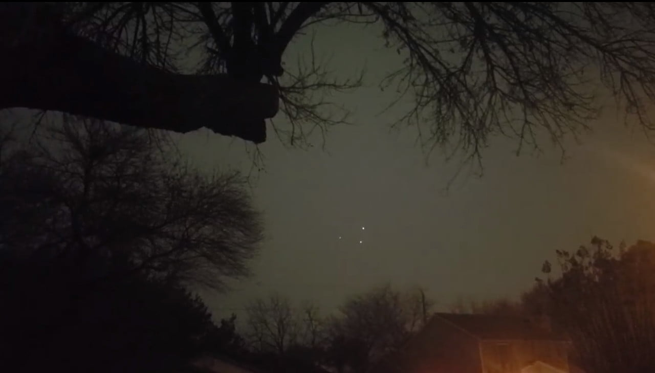 Three lights in the Texas sky on New Year's Eve