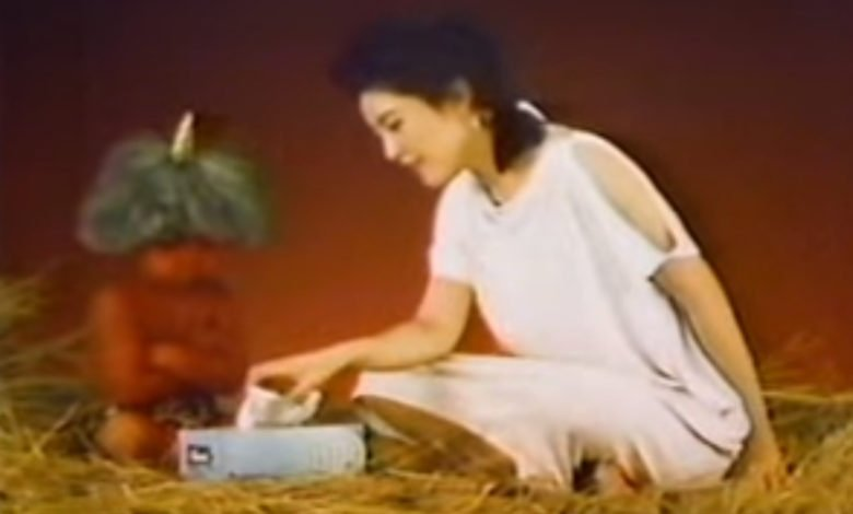 Photo of Do Not Watch: The Curse of the Creepy Japanese Kleenex Commercial
